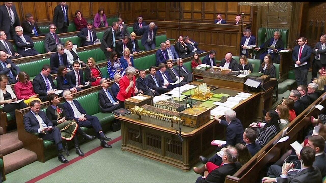 Parlamento britânico volta a rejeitar acordo de saída da União Europeia