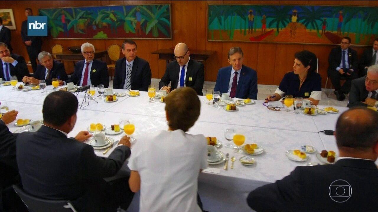 Bolsonaro anuncia que vai trocar embaixador brasileiro nos EUA