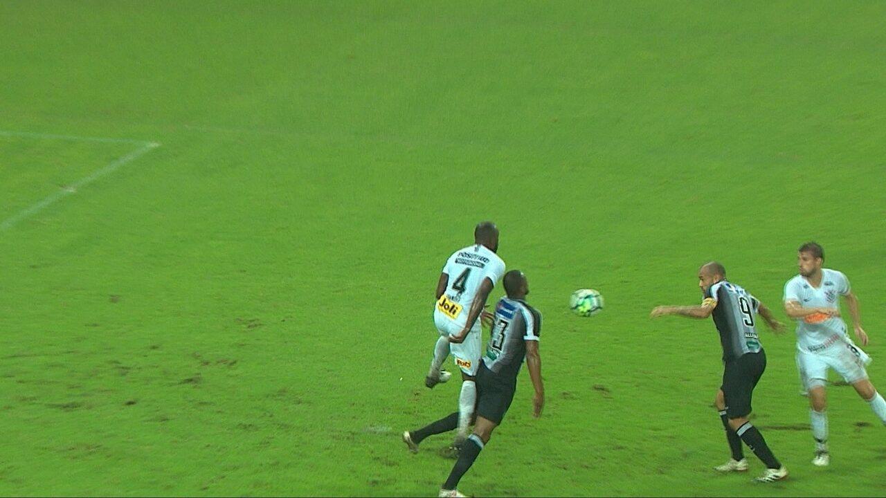 Casagrande relembra pênalti a favor do Corinthians em 2010 para comentar lance do Ceará