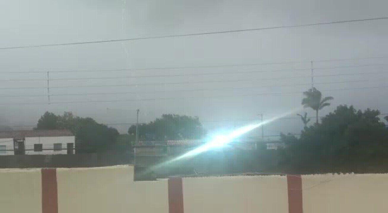 Raio cai durante chuva em Garanhuns