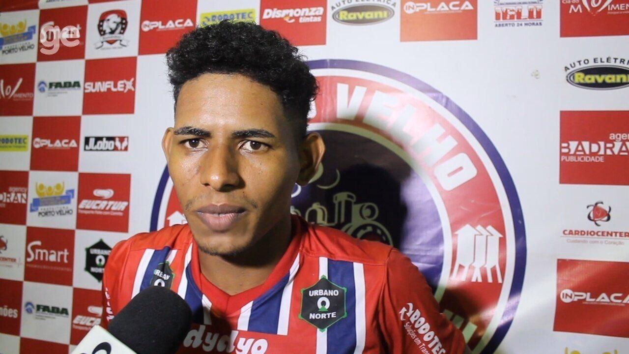'Dois erros de matar o jogo e eles marcaram os gols', lamenta Fernandinho após derrota