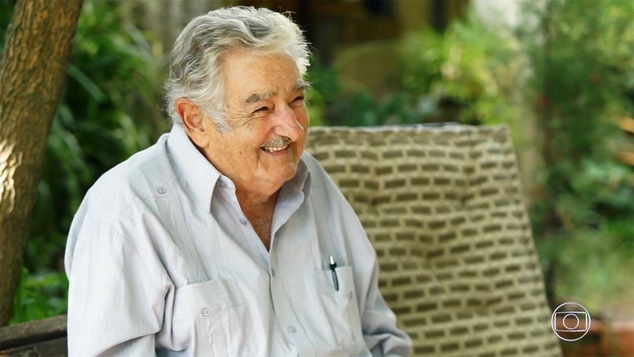 Pepe Mujica - Em seu sítio, nos arredores de Montevidéu, o ex-presidente uruguaio traça um panorama dos acertos e desacertos das democracias na América Latina.