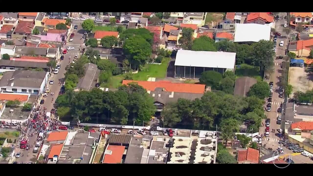 O 'Caldeirão' homenageia as vítimas da Escola Raul Brasil em Suzano