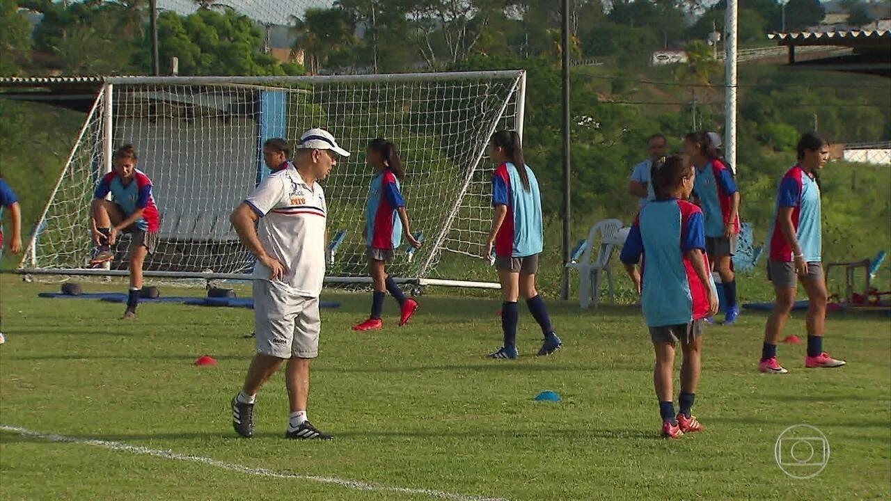Vitória-PE e Santa Cruz unem forças em time de futebol feminino que disputa o Brasileiro