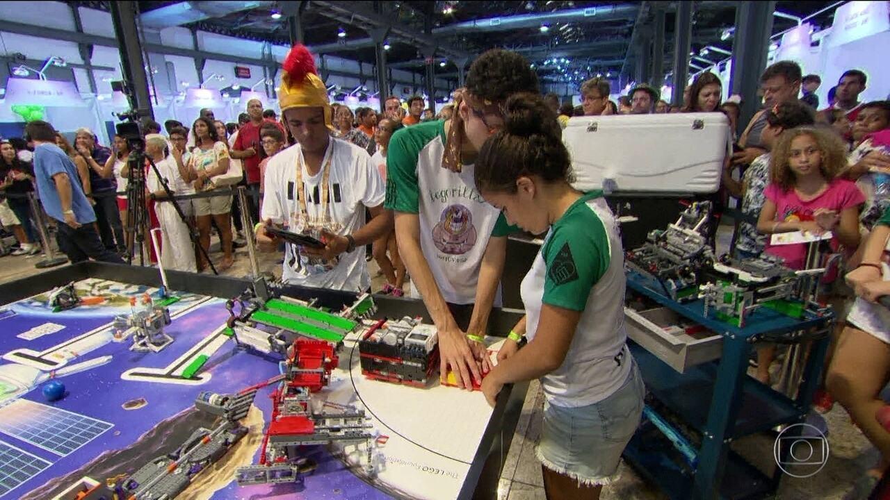 Maior torneio de robótica do Brasil reúne mais de mil estudantes no Rio