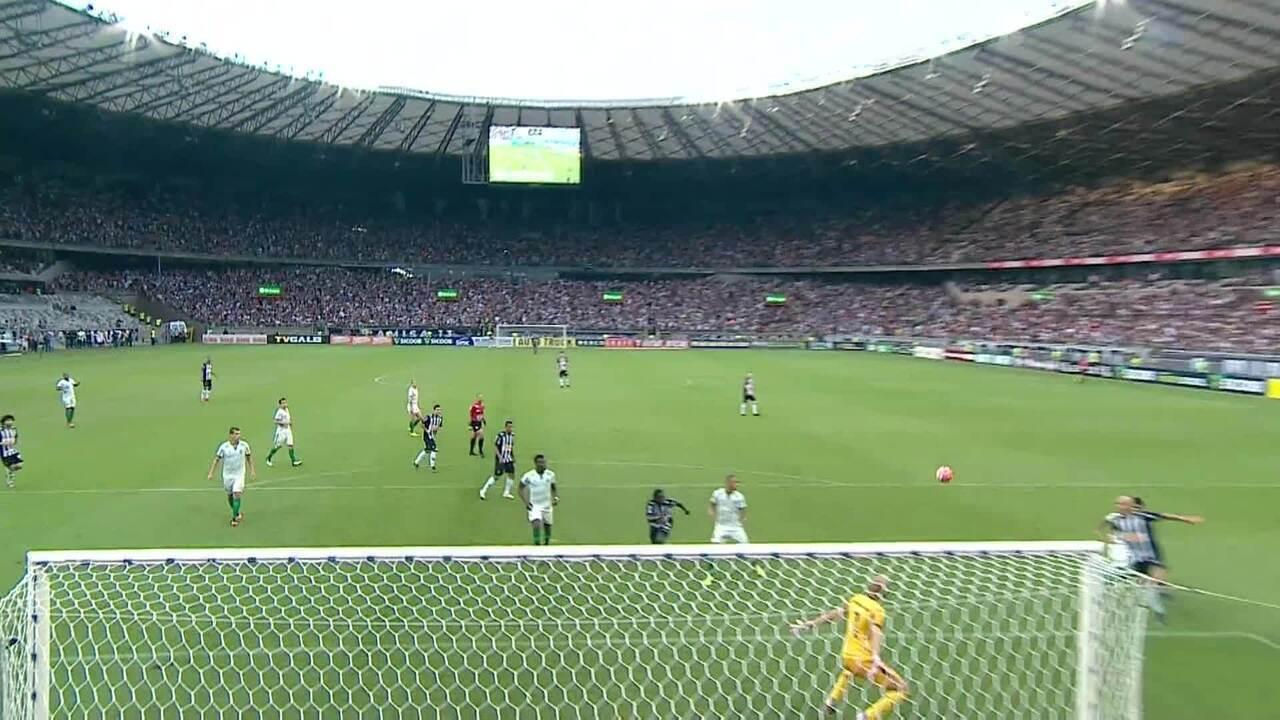 Diante do América, Alerrandro marcou dois gols na vitória do Galo por 3 a 2