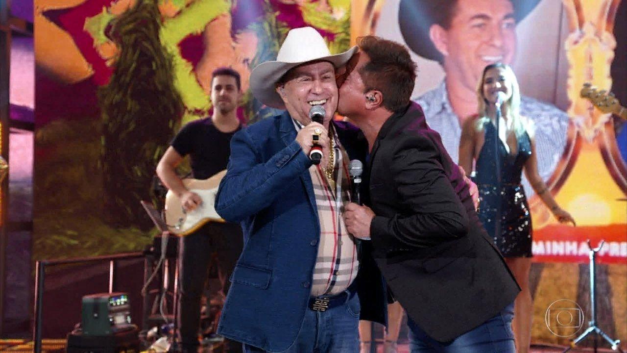 Milionário e Leonardo cantam 'Estrada da Vida'