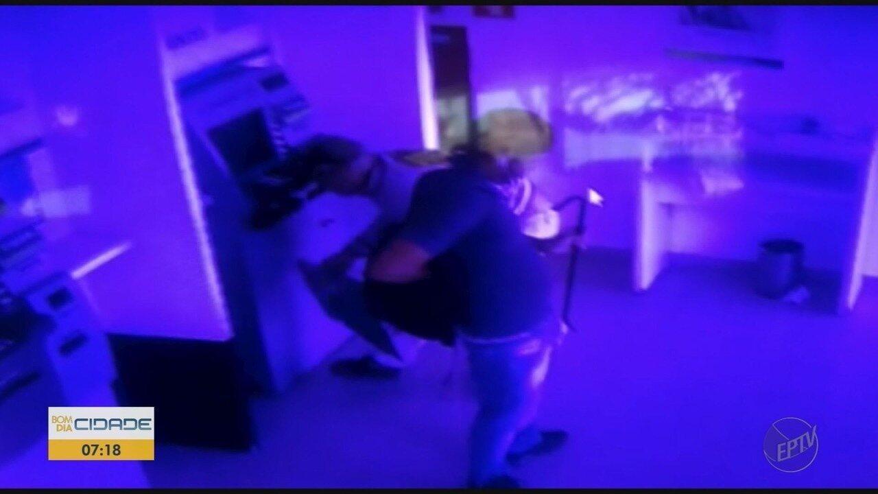 Quatro homens suspeitos de tentar furtar caixas eletrônicos são presos em Sertãozinho, SP