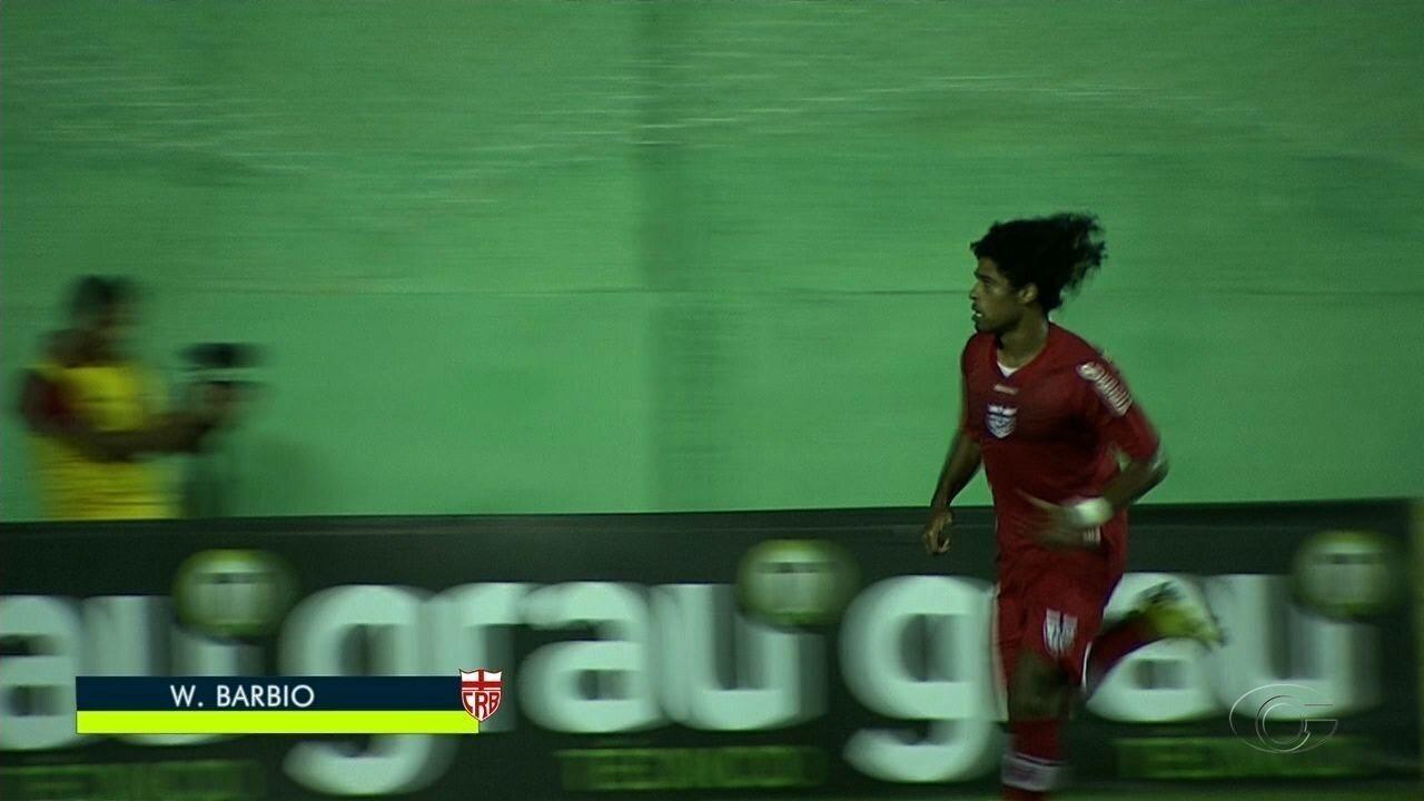 Barbio marca contra o Jaciobá