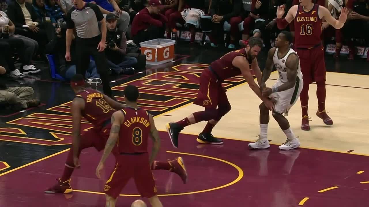 Melhores momentos: Cleveland Cavaliers 107 x 102 Milwaukee Bucks pela NBA
