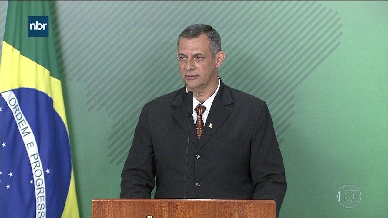 Bolsonaro manda quartéis celebrarem o 31 de março