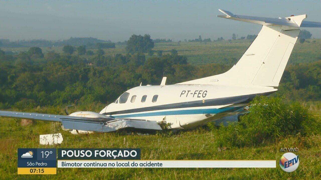 Avião bimotor que fez pouso forçado em Campinas será desmontado nesta quarta