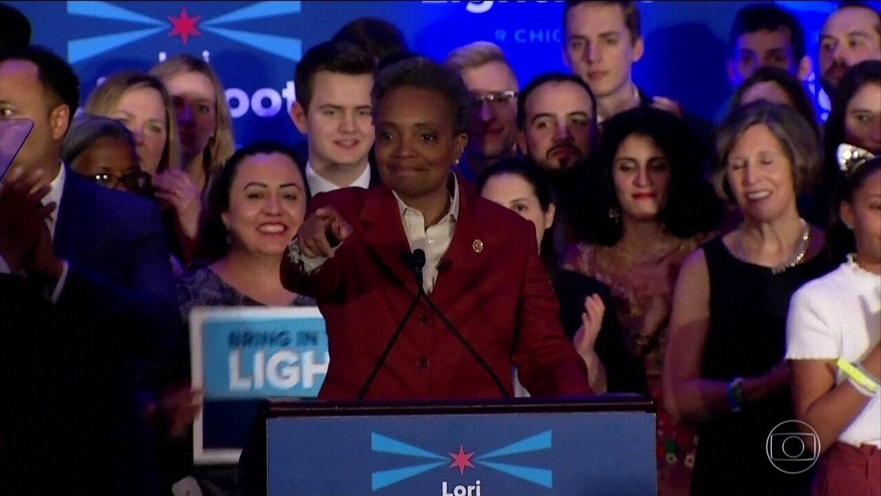 Eleitores de Chicago elegem a primeira prefeita negra da cidade