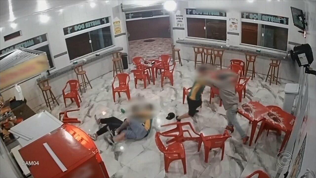 Câmera de segurança registra roubo a lanchonete de Itapetininga