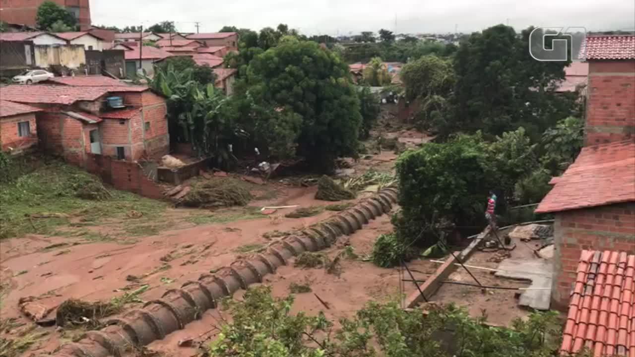 Veja imagens da destruição no Parque Rodoviário