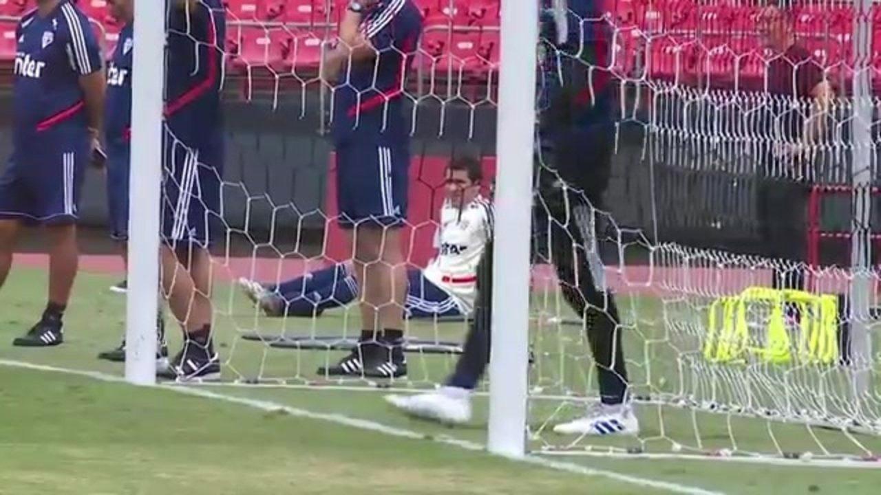 Pablo faz treino separado no São Paulo e está fora do clássico