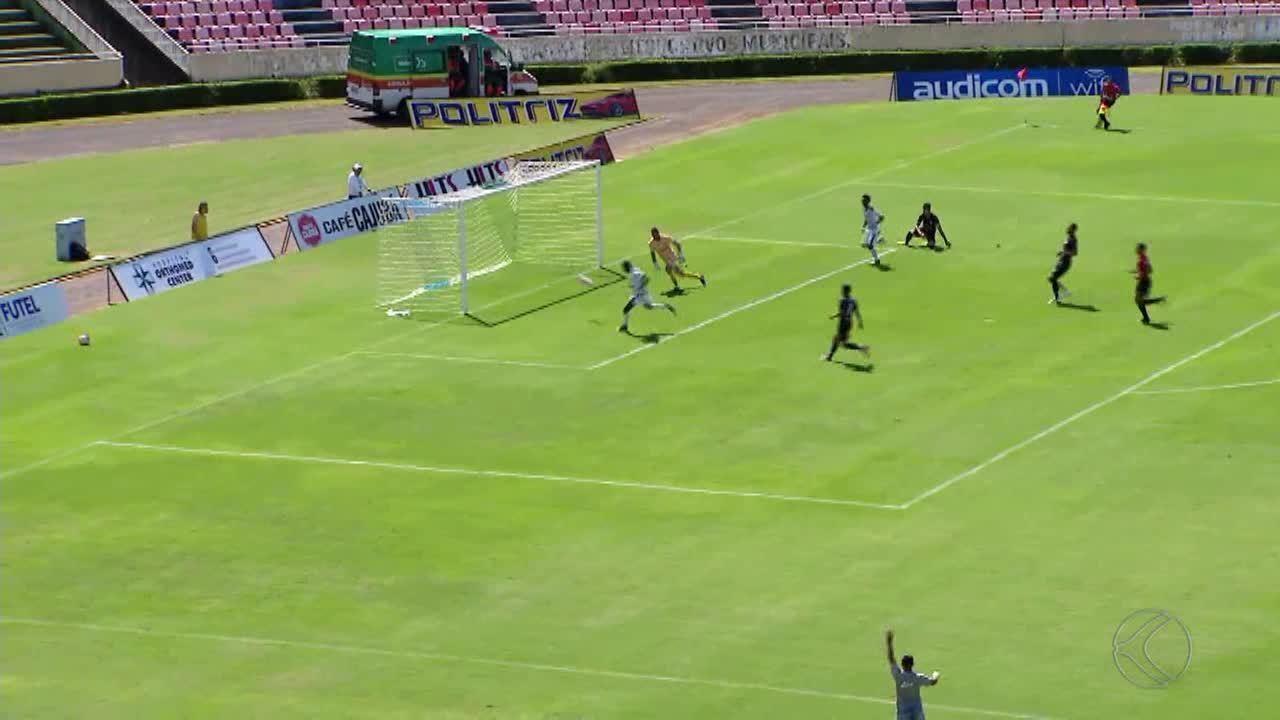 Athletic perde para Uberlândia e fica em situação complicada no Módulo 2
