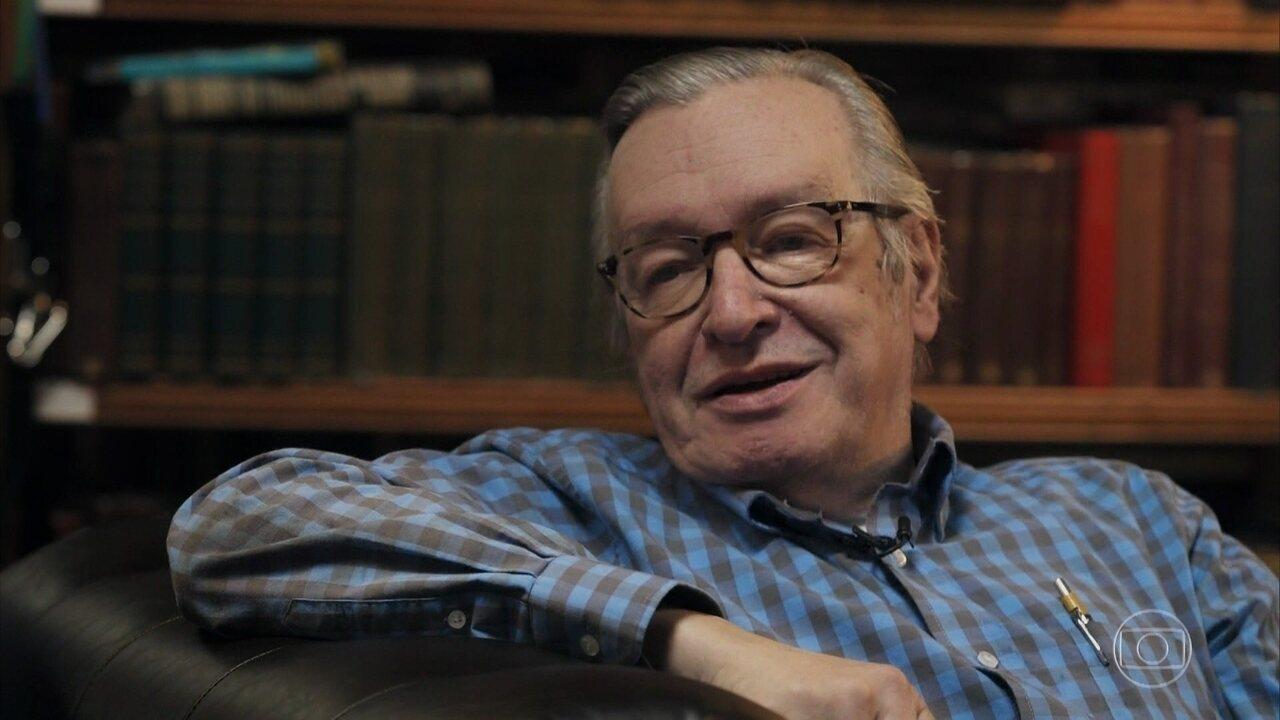 Olavo fala sobre eleição de Jair Bolsonaro e conservadorismo