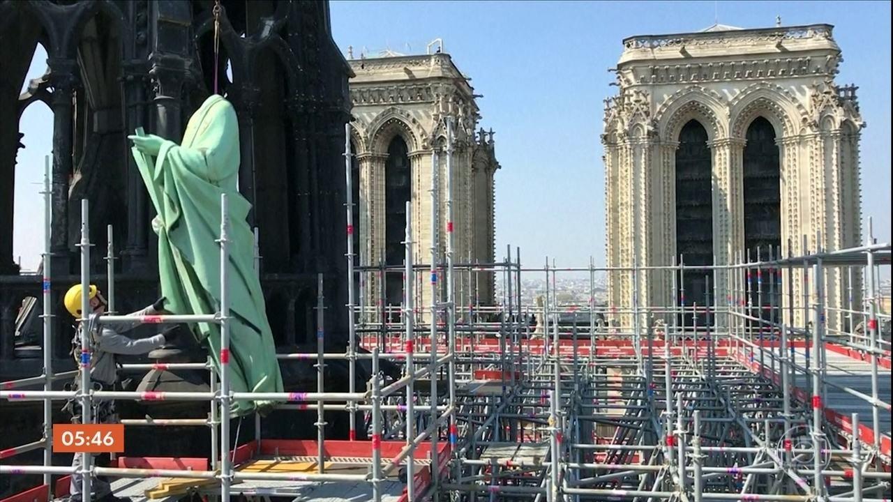 Estátuas da igreja de Notre Dame em Paris vão passar por restauração
