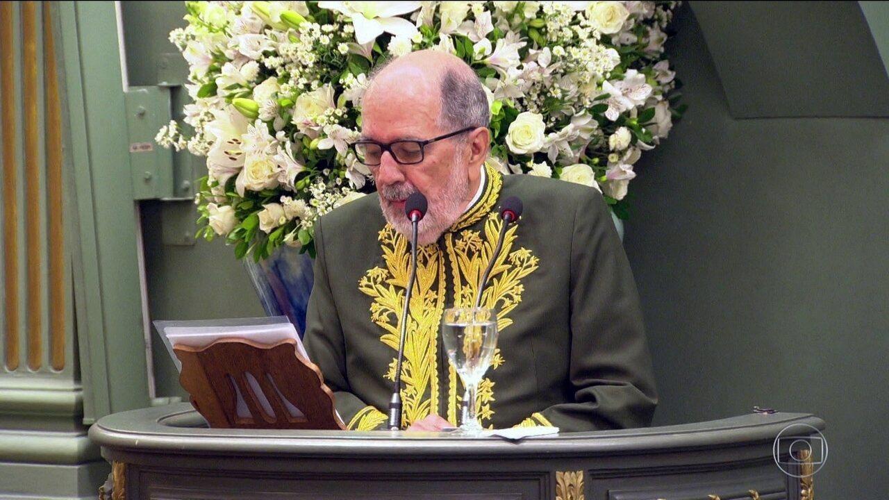Cacá Diegues toma posse na Academia Brasileira de Letras