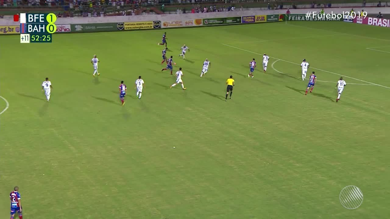 52': Rogério marca gol e empata para o Bahia