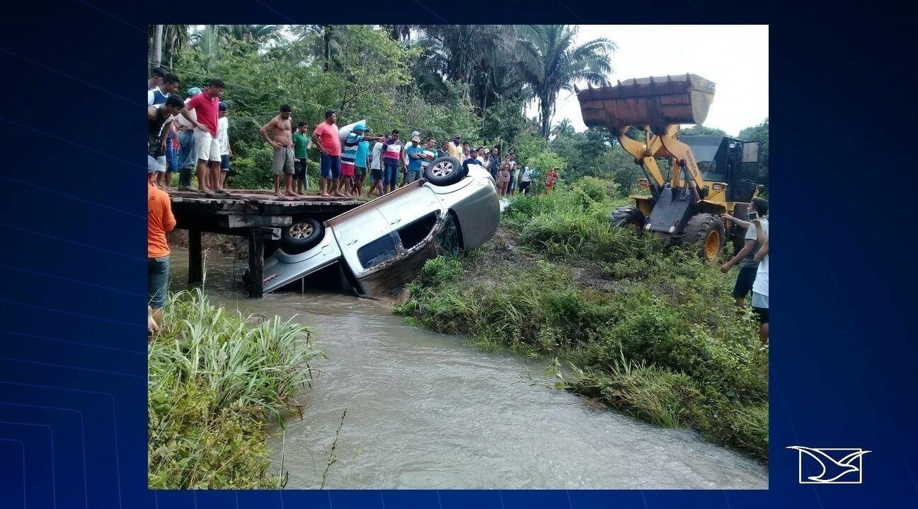 Caminhonete cai em rio em ocupantes morrem afogados no Maranhão