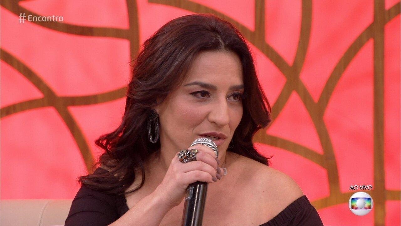 Simone Gutierrez fala sobre a Aline de 'Órfãos da Terra'