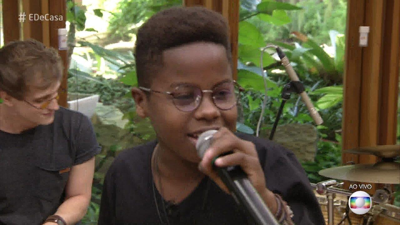 Jeremias Reis canta 'Final Feliz'