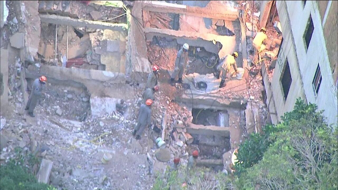 Sobe para 24 o número de mortos no desabamento na Muzema