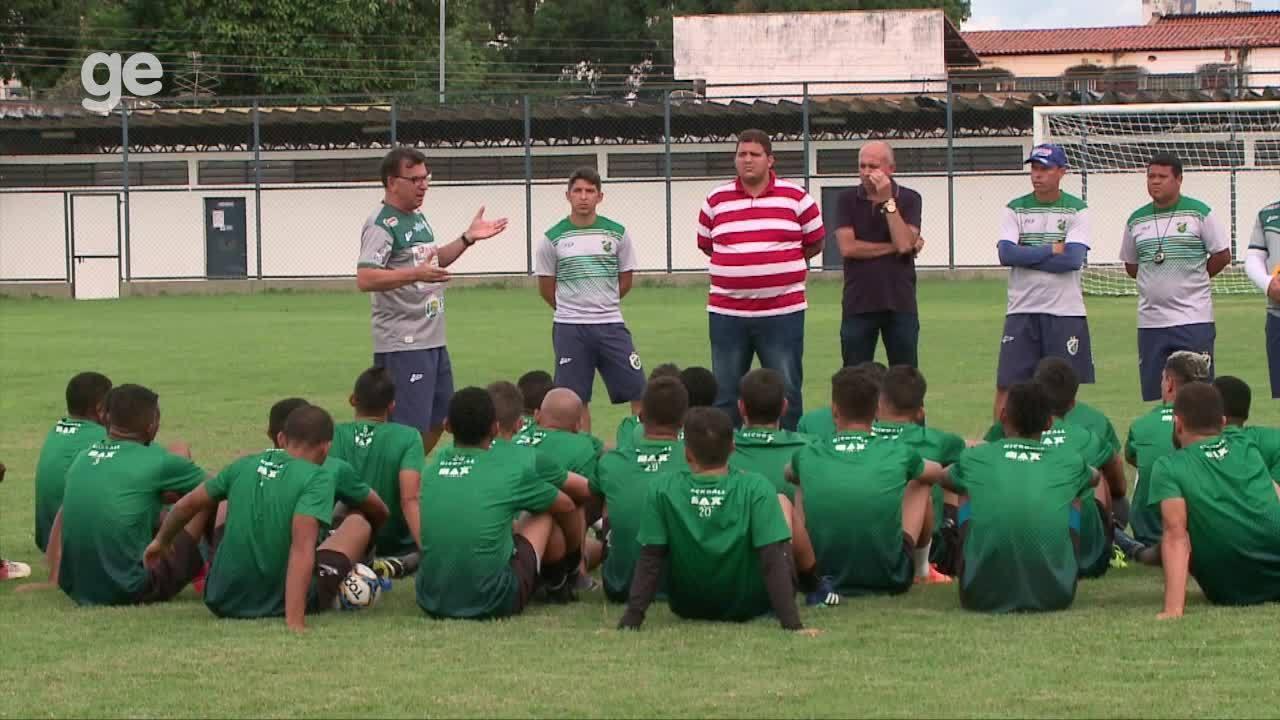 Estevam Soares faz primeiro treino no Altos e fala sobre lealdade