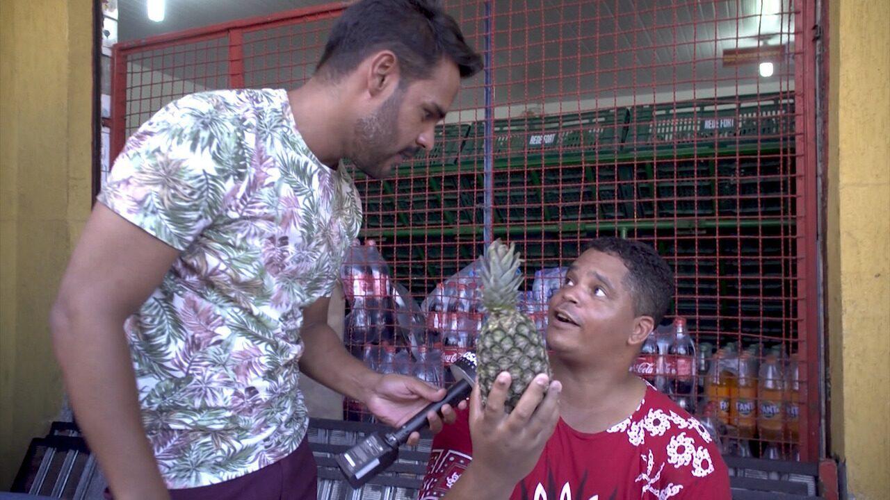 """Pablo vai às ruas saber como as pessoas """"descascam o próprio abacaxi"""""""