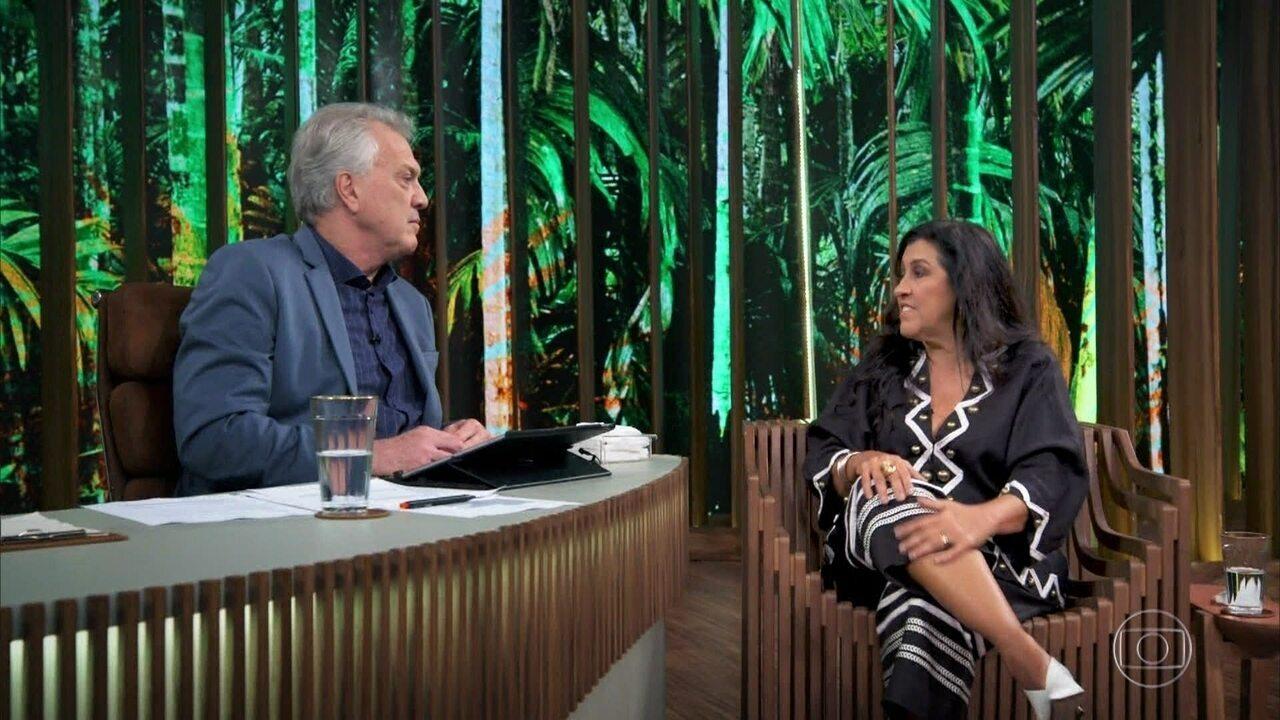 Regina Casé fala sobre sua amizade com Caetano Veloso