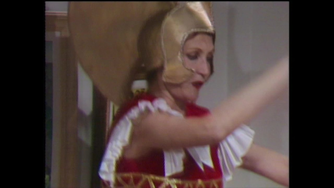 Relembre cena de Irene Ravache e Antonio Fagundes em Champagne (1983)