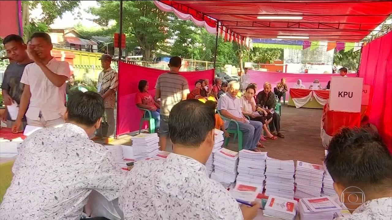 Exaustão mata quase 300 pessoas que trabalharam nas eleições da Indonésia