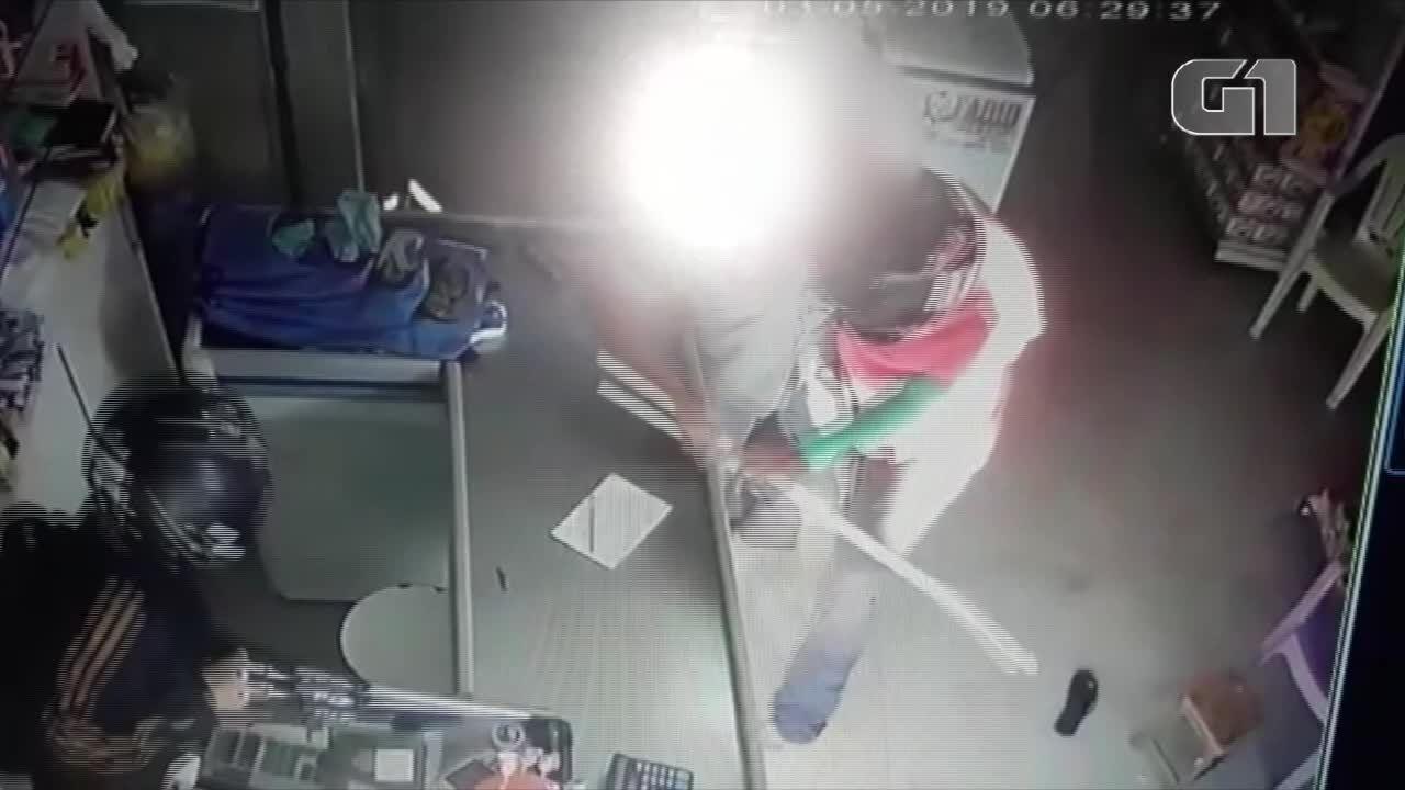 Comerciante reage a assalto com pedaço de pau no interior do RN