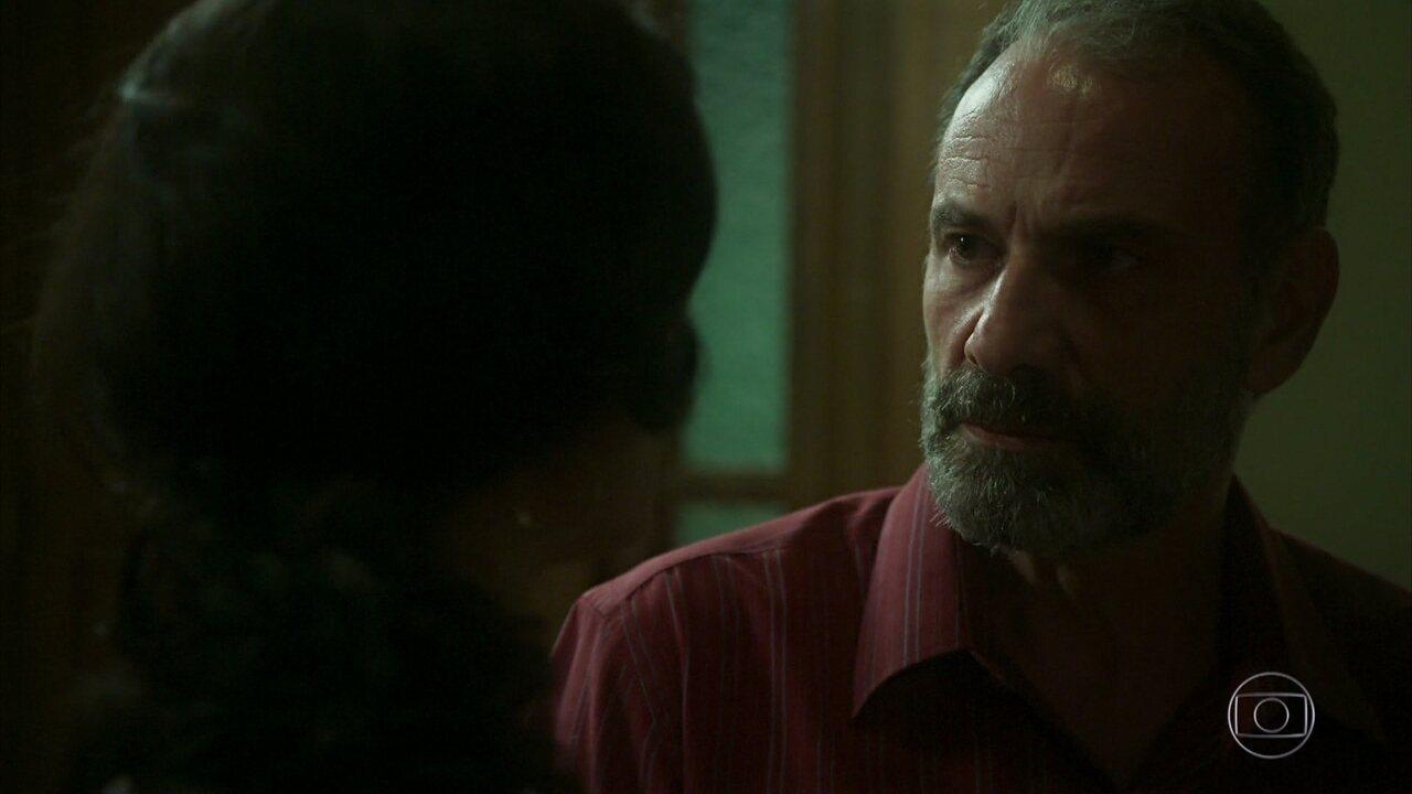 Missade reclama da casa para a família e diz que quer voltar para a família
