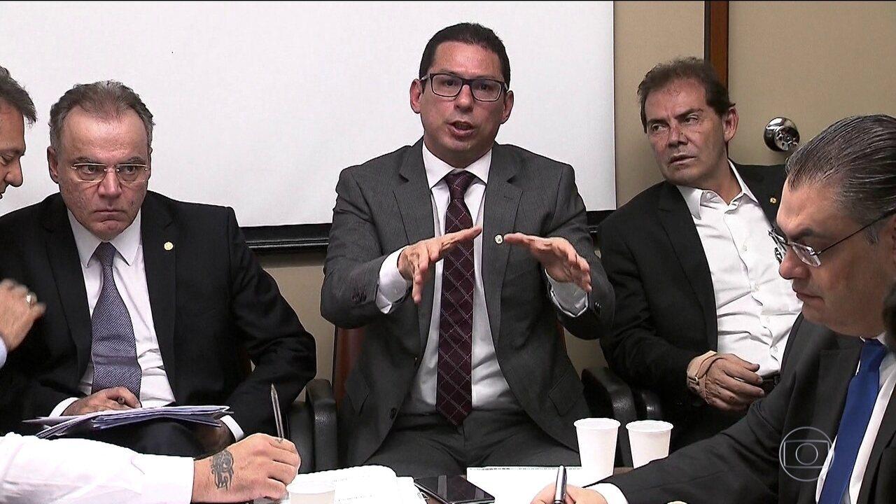 Comissão especial da Previdência na Câmara vai ouvir Paulo Guedes