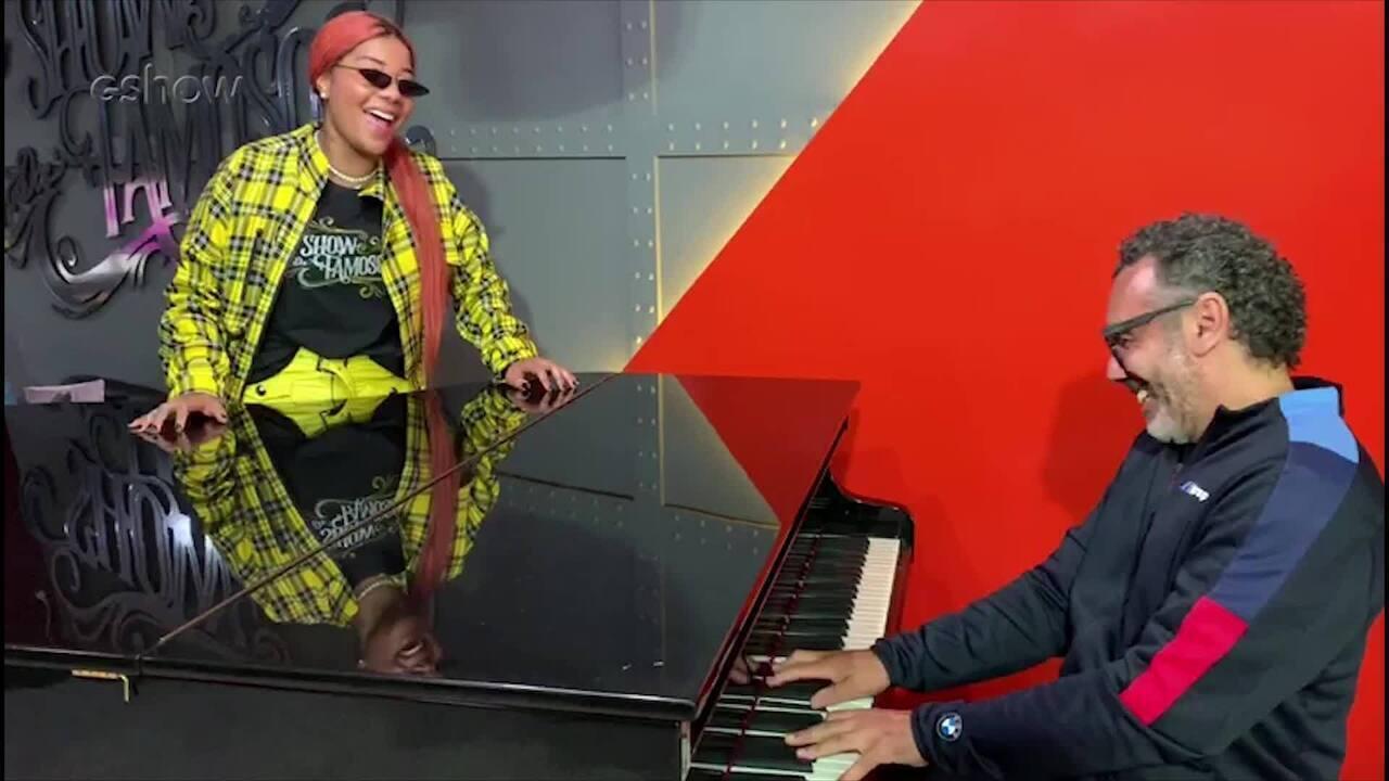 Ludmilla canta o hit 'A Boba Fui Eu' com Simoninha nos bastidores do 'Show dos Famosos'