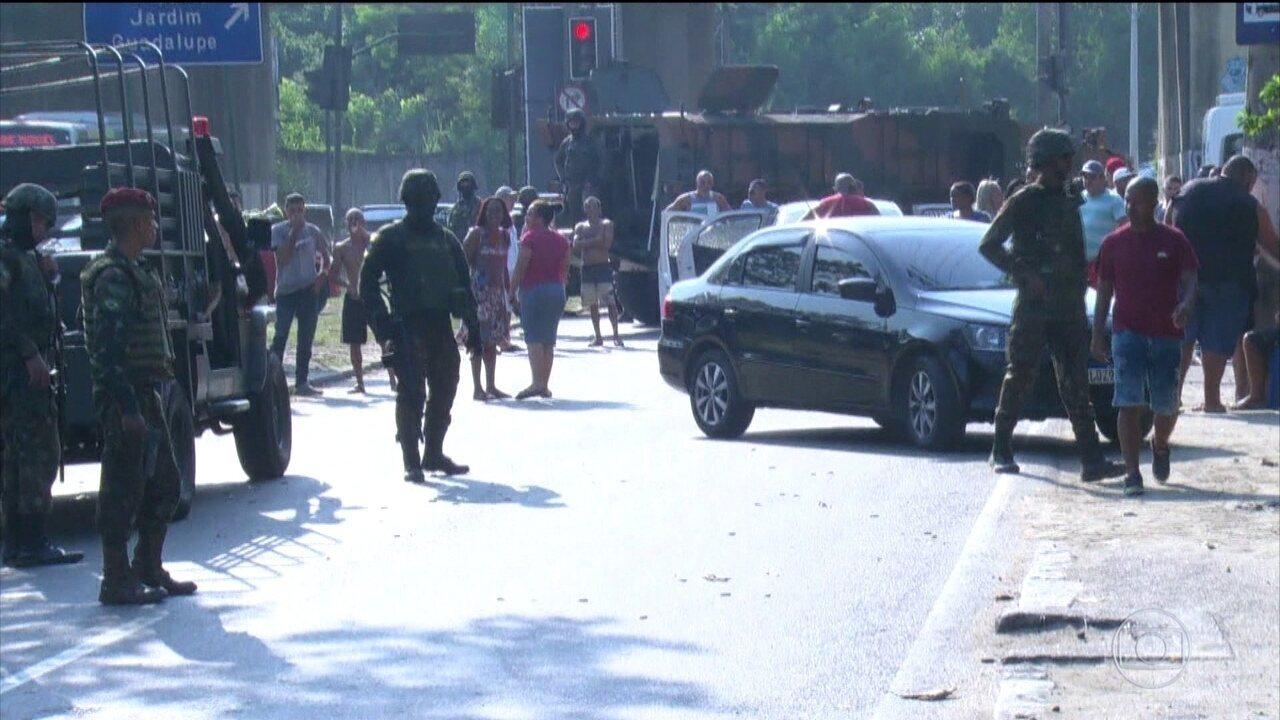 Doze militares viram réus no caso do carro de família fuzilado no Rio