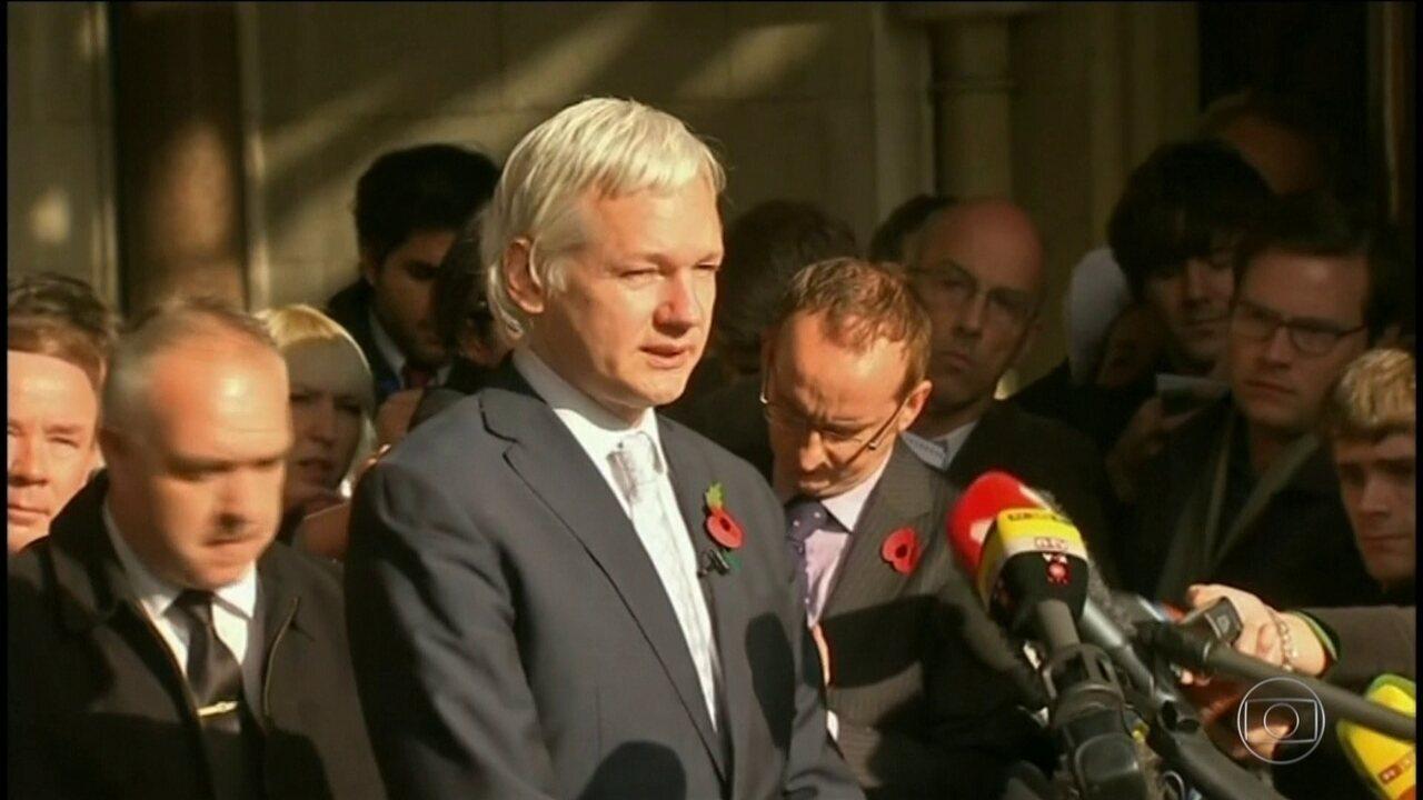 Promotoria da Suécia reabre investigação de denúncia de estupro contra Julian Assange