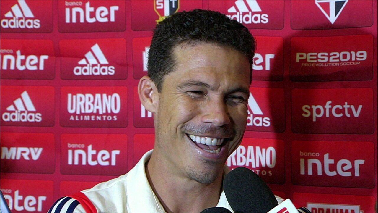 Hernanes compara carreira do Rogério Ceni com o filme O Gladiar