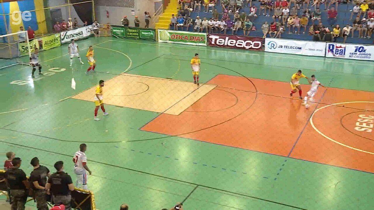 Juninho marca um golaço para Chorrochó contra Cabrobó