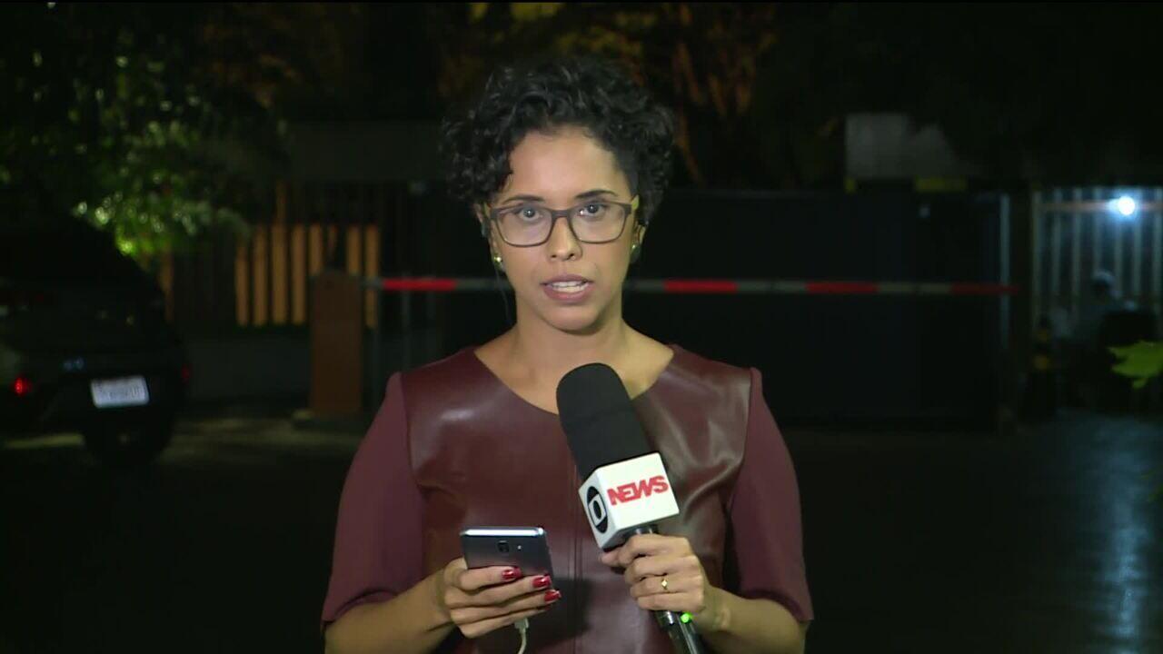 Justiça autoriza quebra de sigilo de Flávio Bolsonaro e Queiroz