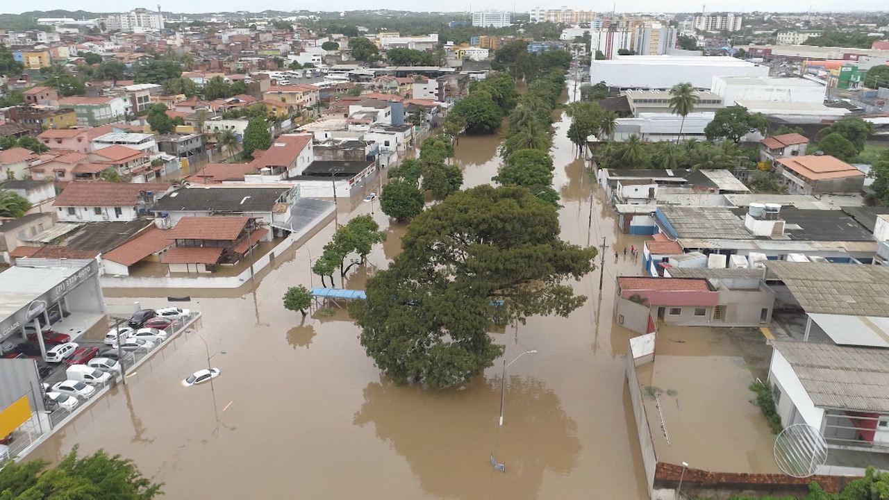 Após fortes chuvas, Simões Filho e Lauro de Freitas têm situação de emergência decretada