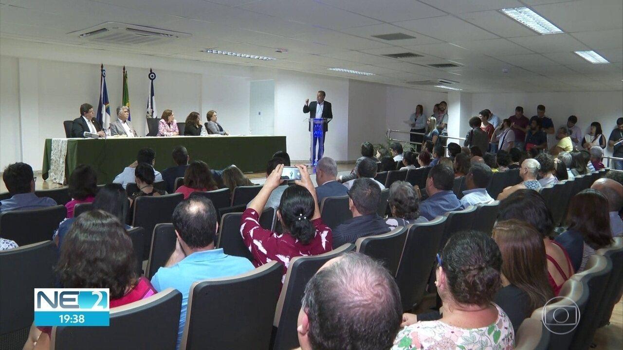 Encontro sobre cortes de verbas pelo MEC reúne reitores e deputados federais