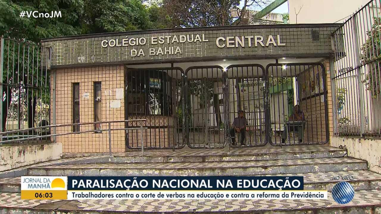Movimento nacional: professores da rede pública e privada paralisam atividades na capital