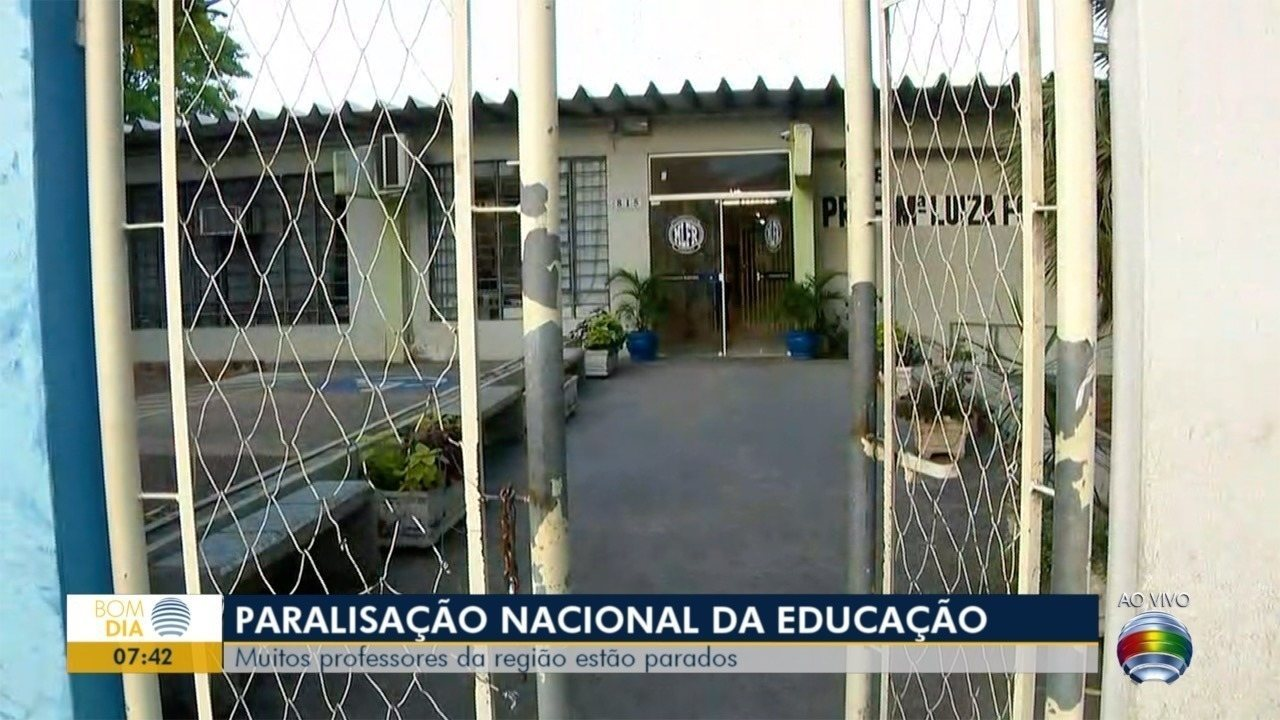 Professores da rede estadual aderem à greve nacional da educação