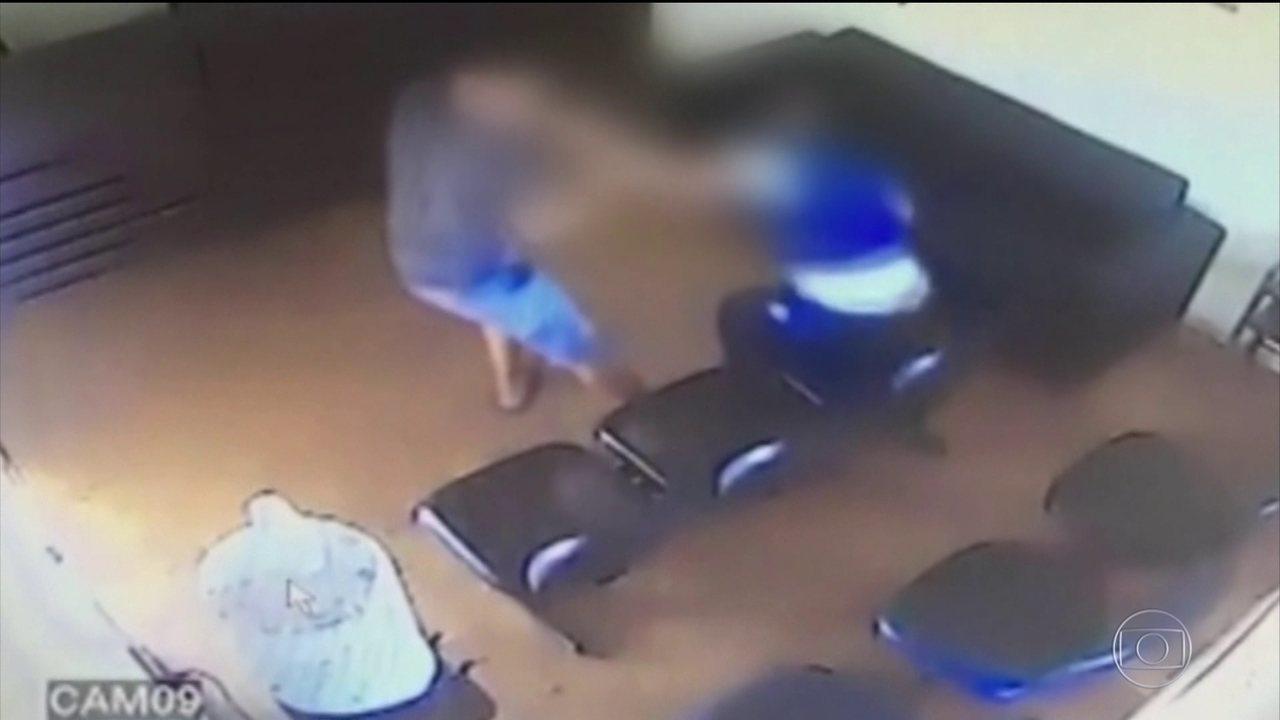 Homem é preso ao agredir a ex-mulher dentro de delegacia no interior de SP