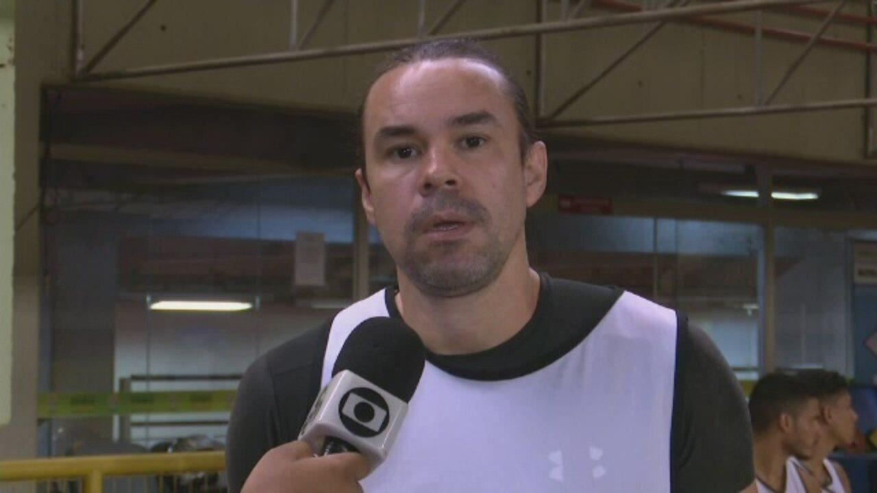 Pensando na aposentadoria, Adriano Louzada deve ser titular contra o São Raimundo-RR