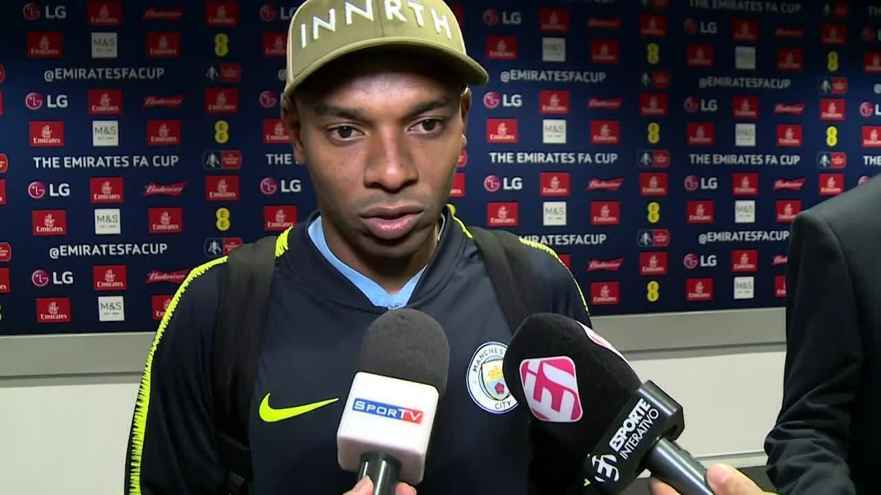 Veja a entrevista de Fernandinho após a conquista da Copa da Inglaterra com o City